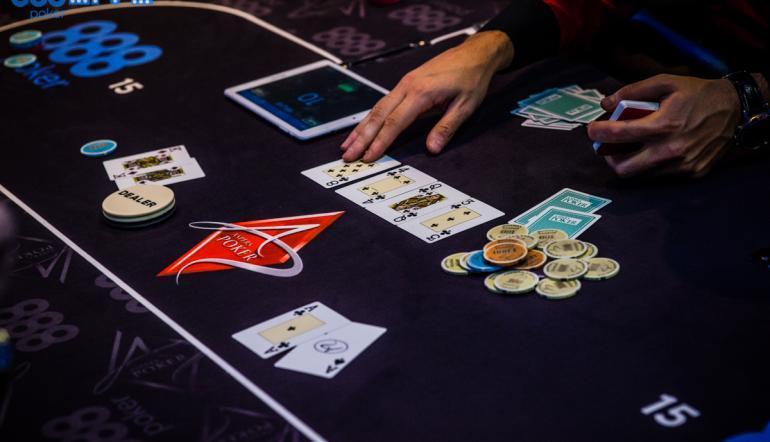 hur spelar man casino holdem